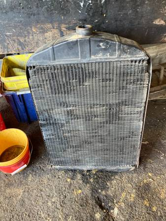 Photo 1930 Model A truck radiator and shell - $125 (Paintedpost)