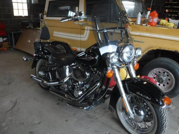 Photo 2005 Harley Davidson Heritage Softail Ready to ride Wintertime pricing - $5,500 (Catawissa)