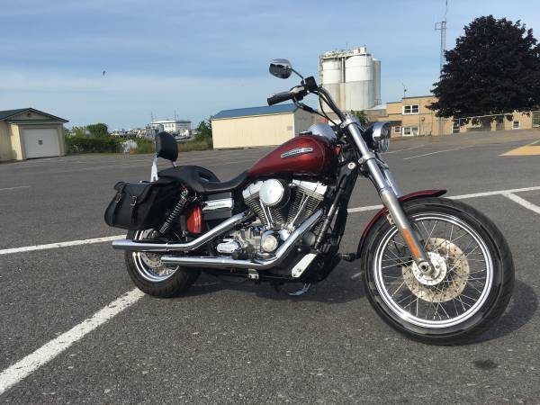 Photo 2009 Harley Dyna superglide fxdci super glide low mile clean 96 6spd - $8,995 (Oswego)
