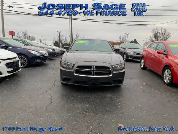 Photo 2014 Dodge Charger - They say NO We say you are APPROVED (Joseph Sage Auto Sales Inc.)