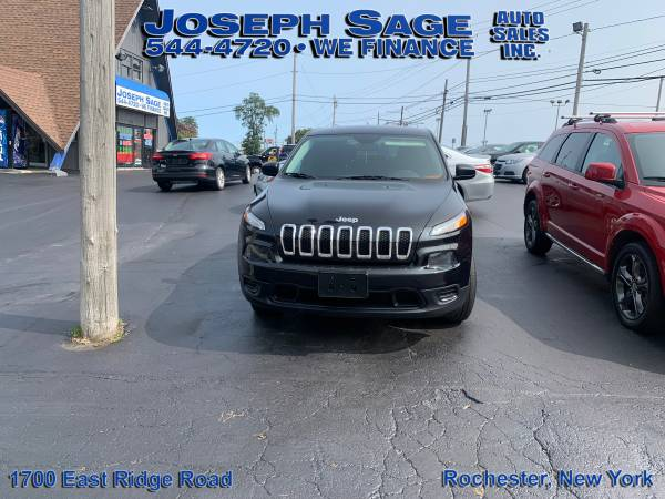 Photo 2014 Jeep Cherokee - We take trade-ins Push, pull, or drag (Joseph Sage Auto Sales Inc.)