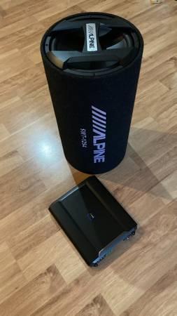 Photo Alpine car audio lifier, coax speakers Car audio  stereo system - $450 (Corning)