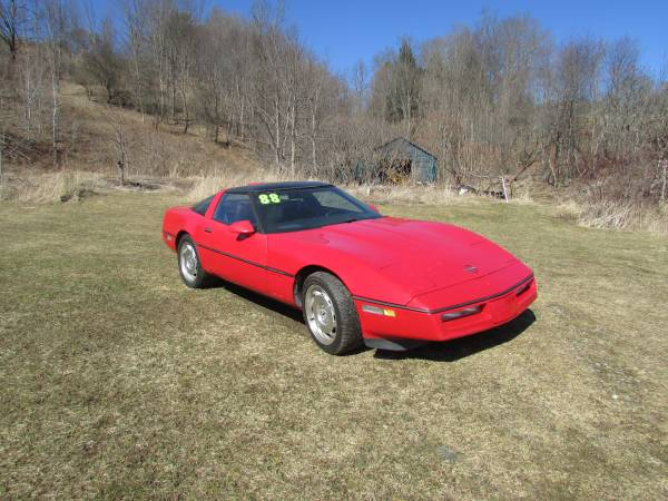 Photo Chevrolet Corvette 1988 - $5200 (Van Etten NY)