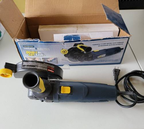 Photo Chicago Electric Double Cut saw - $40 (Horseheads)