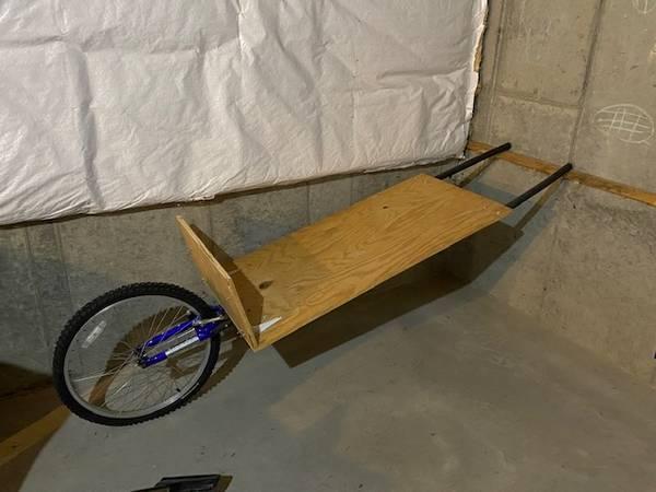 Photo Deer cart, bike cing trailer - $1