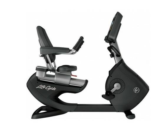 Photo Life Fitness Recumbent Bike with Discover SE3 Console - $1,250 (Mansfield, PA)