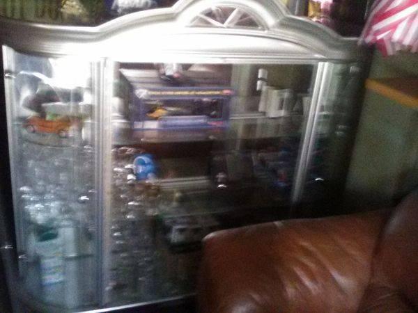 Photo Lighted Mirrored Four Door Glass Display Case - $180 (Elmira New York State)