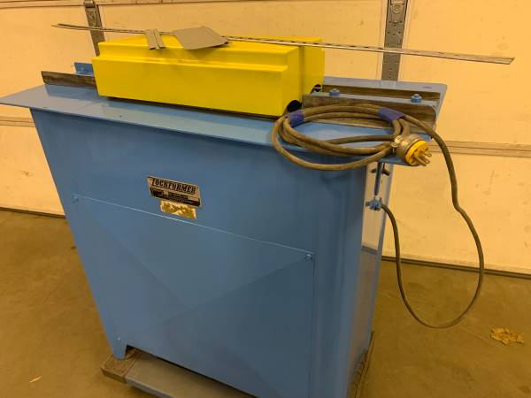 Photo Lockformer 22 gauge Pittsburgh Machine also makes Drives - $2,200 (York pennsylvania)
