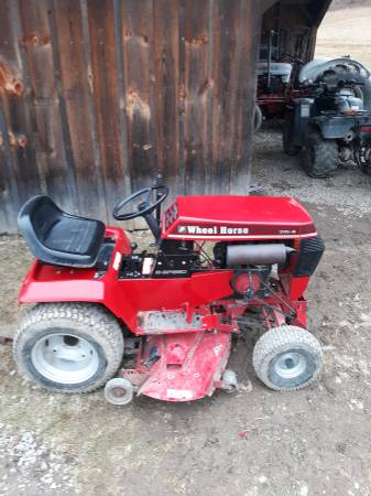 Photo Wheel horse garden tractor - $600 (Cbell)