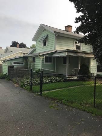Photo lower apartment (918 South Main Street Horseheads NY)