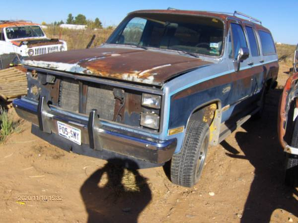 Photo 1973 to 1986 chevrolet chevy truck blazer surburban C 10 20 30 K 10 20 - $15 (Chaparral)