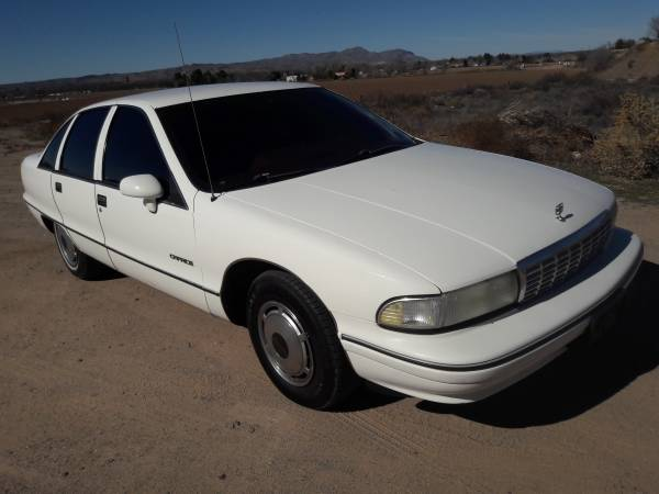 Photo 1992 chevy caprice (must see) - $2500 (Las Cruces)