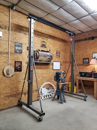 Photo 1 Ton Gantry crane with chain hoist - $700 (Canutillo)