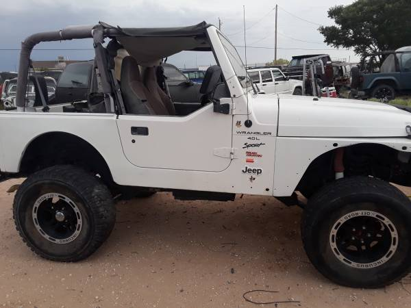 Photo 2000 Jeep Wrangler TJ parting out ONLY - $1 (Horizon)
