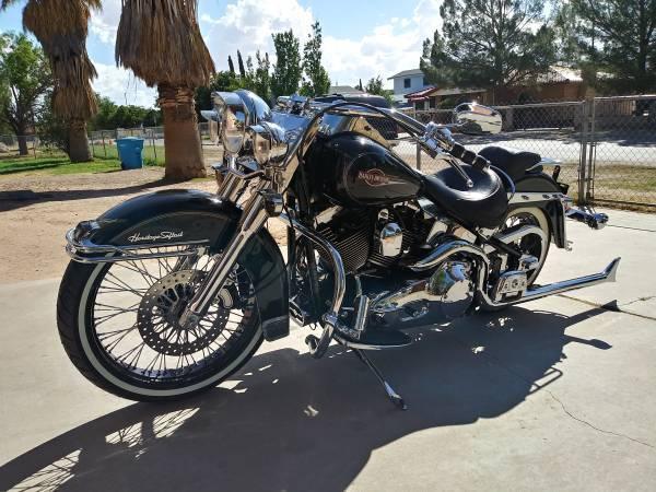 Photo 2006 Harley Davidson Heritage Softail - $10,500 (Socorro)