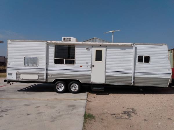 Photo 2006 Layton by Skyline RV - $5,900 (El paso)