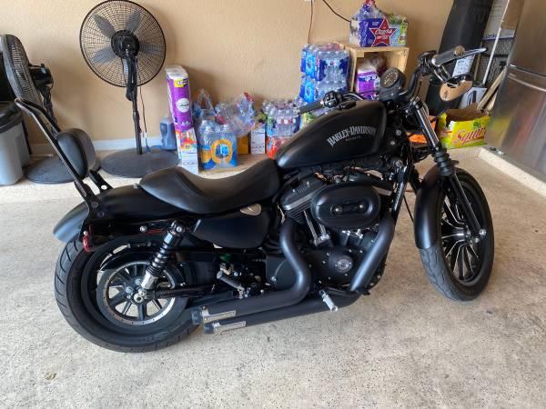 Photo 2014 Harley Davidson Sportster 883 iron - $5,500 (El Paso)