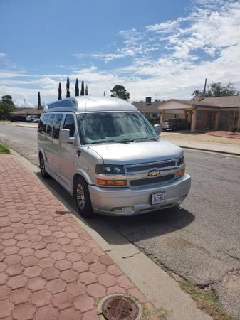 Photo 2016 Con Van 250 Chevy Explorer - $51,990 (El Paso)