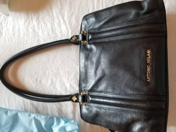 Photo Antonio Melani Leather Black Purse - $45 (El Paso, TX)