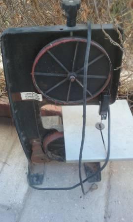 Photo Black and Decker Saw - $15 (El Paso)