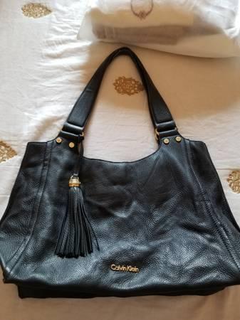 Photo Calvin Klein Black Leather Purse - $45 (El Paso, TX)