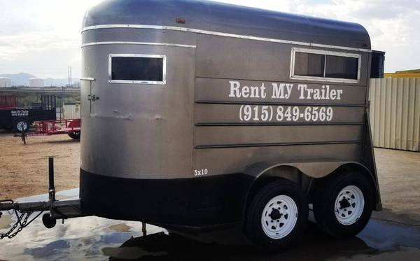 Photo Horse Trailer Rental - $55 (El PasoN.M)