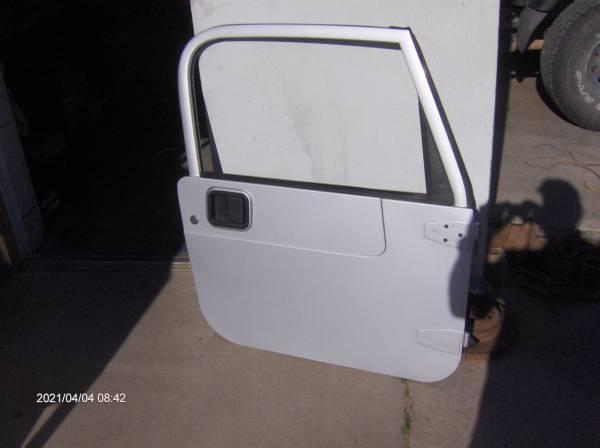 Photo Jeep 1997 to 2006 Wrangler Tj Hard door, hard door, hard doors Red - $1,500 (Chaparral)