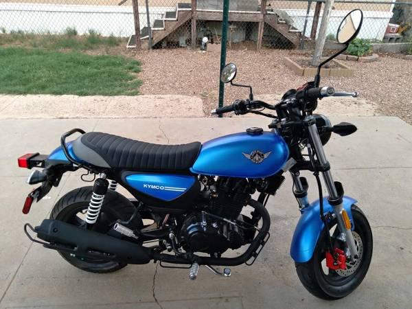Photo Kymco Spade 150 motorcycle, like new 95mpg - $2,100 (NE El Paso Tx)