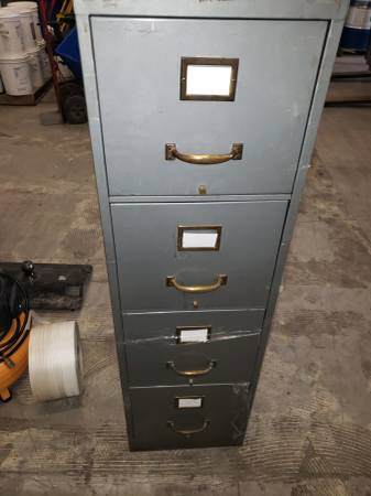 Photo Office Chair File Cabinets and Miscellaneous Items - $25 (El Paso)