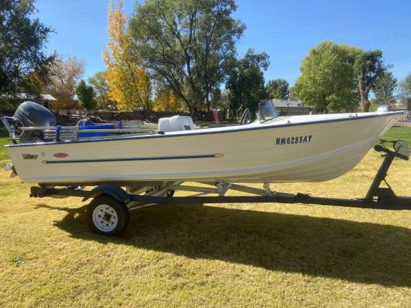 Photo Really sweet 16 foot aluminum boat. 25 Yamaha engine - $7,500 (Peralta)