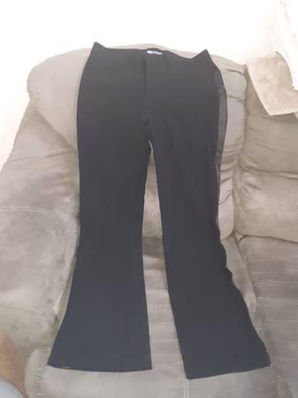 Photo Roxy black dress pants - $20 (Northeast El Paso)