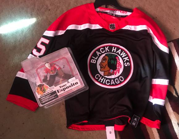 Photo Throwback Chicago Blackhawks items - $65 (Central)