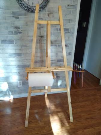 Photo Wooden Studio Artist Easel - $90 (El Paso)
