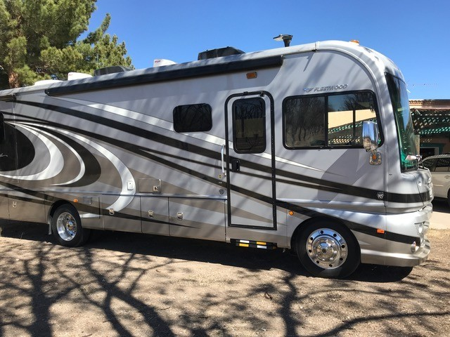 Photo Used 2016 Fleetwood Class A RV  $105000