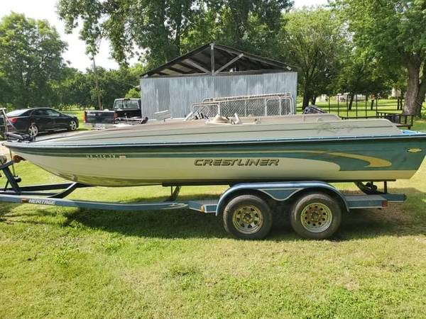 Photo 2001 Crestliner Aluminum Deck Boat - $2,000