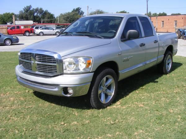 Photo 2006 Dodge Ram SLT 1500 Big Horn Quadcab pickup - $6450 (Enid)
