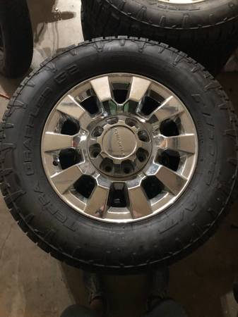 Photo 4 GMC Denali 8 lug wheels and tires for sale - $400 (Enid)