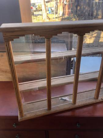 Photo Antique Wooden Shelf Display case w glass front - $10 (tulsa)