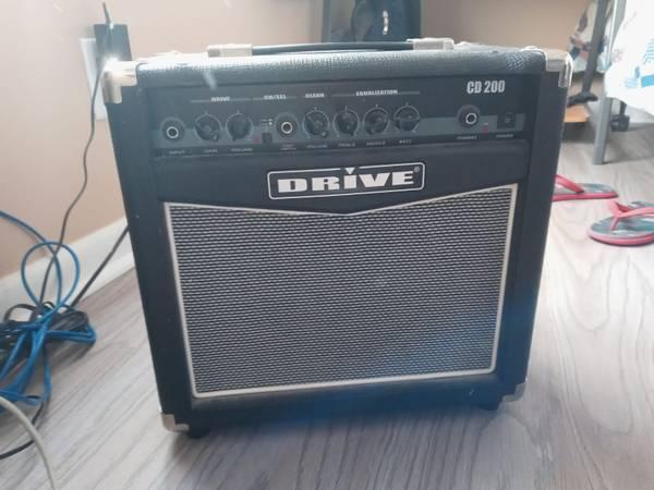 Photo Guitar Amp (Broken Arrow)