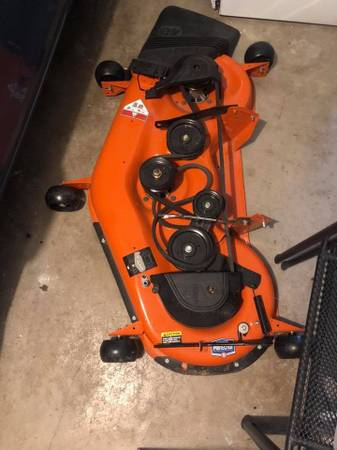 Photo Husqvarna - $350 (HINTON)