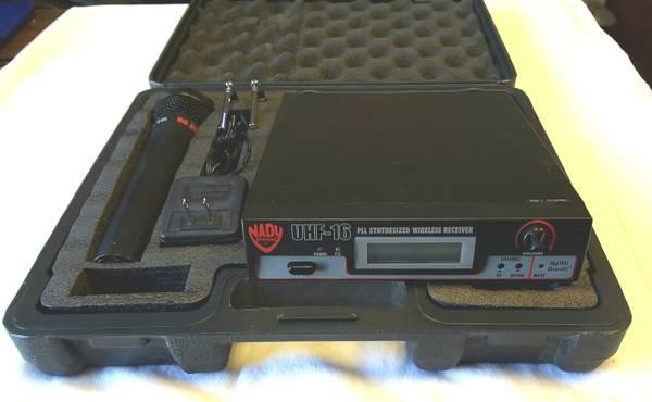 Photo Nady UHF 16 Hand Held Mic Wireless System - $59 (okc)