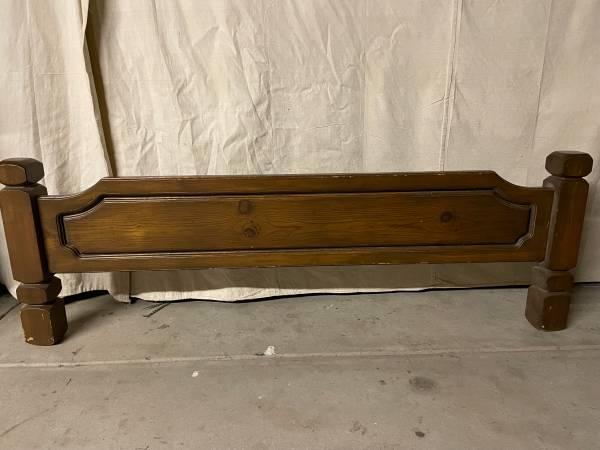 Photo Vintage Custom Queen Waterbed Frame - Solid Wood 4-Post - $300 (Wichita)