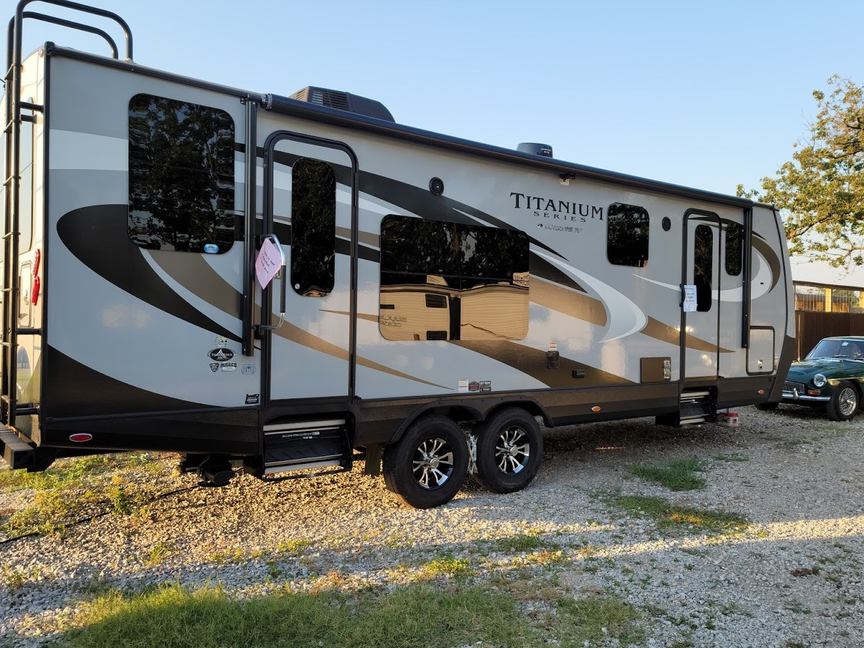 Photo Used 2020 Outdoors Rv Manufacturing Travel Trailer RV  $48750