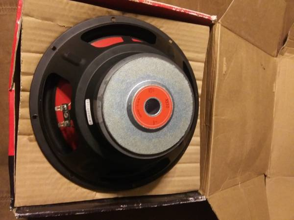 Photo 10 inch car New dual subwoofer 50 firm - $50 (Erie)
