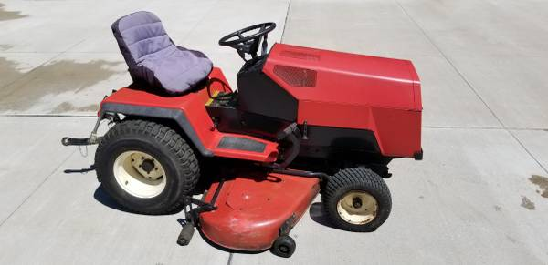 Photo 1995 Simplicity Garden Tractor - $800 (Waterford)