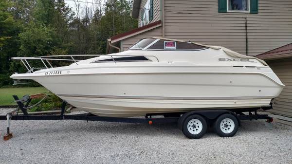 Photo 1995 Wellcraft Excel - $6000 (Erie, PA)