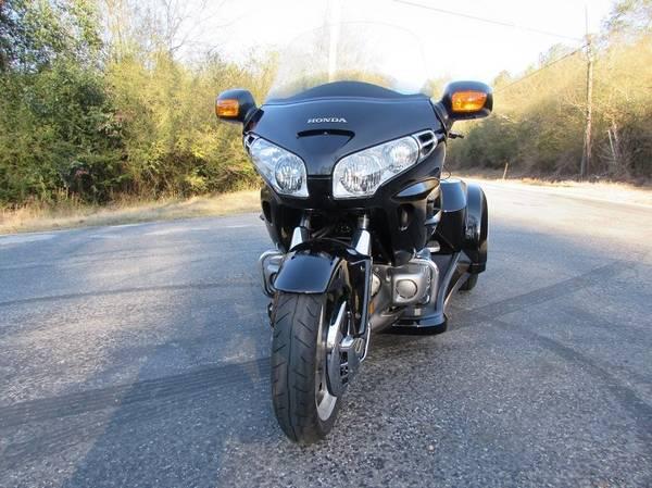 Photo 2003 Honda Gold Wing GL1800 Lehman Trike KIT - $1,400 (Erie)