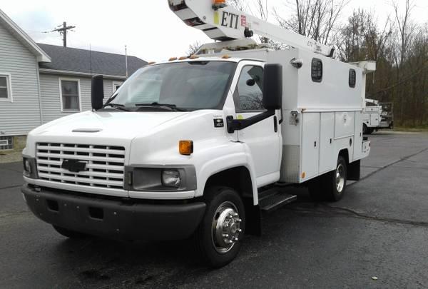 Photo 2008 Chevrolet C4500 Kodiak Bucket Truck  Splice Lab - $19,990 (NORTH JACKSON OH)