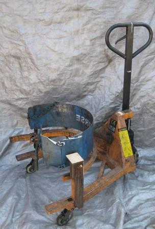 Photo 55 Gallon Drum Dolly, Hydraulic Pallet Jack 800 Capacity - $120