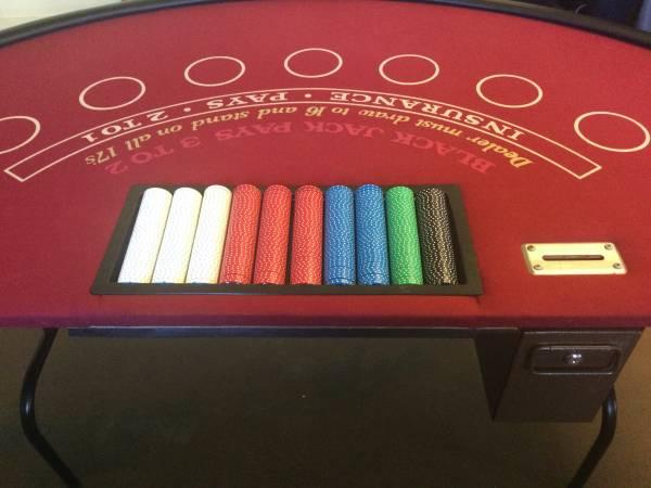 Photo BLACK JACK TABLE - $295 (MEADVILLE)